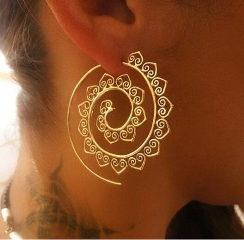 Women Fashion Spiral Earrings Heart-shaped Retro Earrings