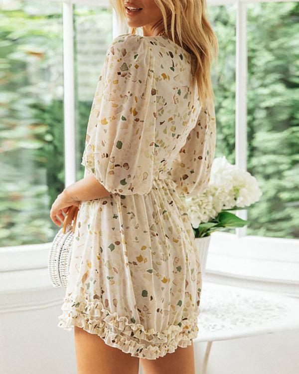 Womans White Wavelet Dot Straight Tube Dress