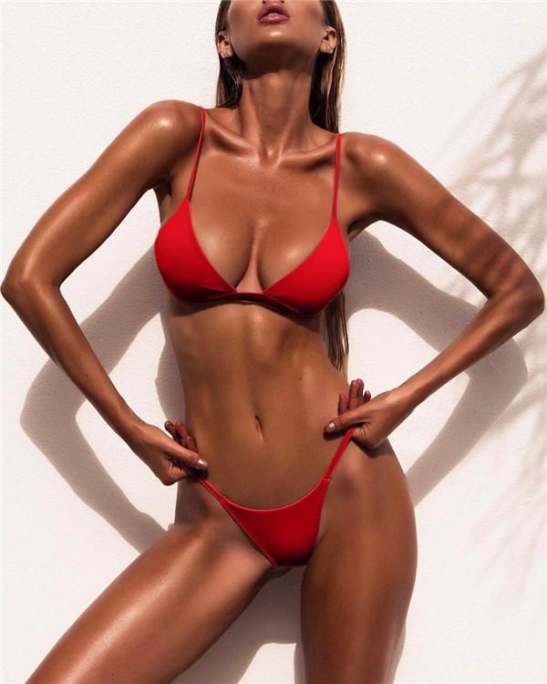 Women's Solid Plunging Neckline Halter Neck Bikini Swimwear