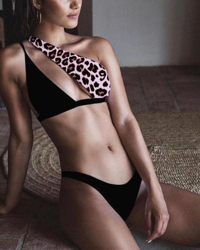 Women's Sexy Solid Colors One Shoulder Cutout High Cut Bikini