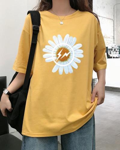 Round neck short sleeve sunflower tee