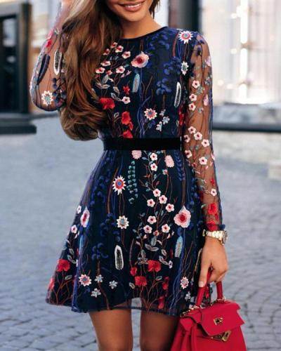 Bohemian Crew Neck Floral Embroider Long Sleeve Mini Dresses