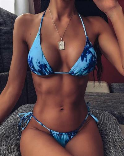 Rendering Printed Sexy Bikinis