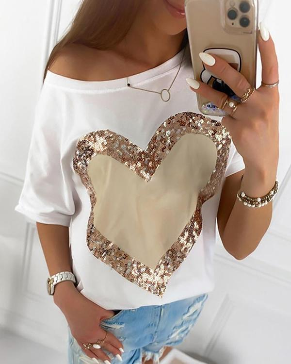 Casual Heart Printed Round Neck T-Shirt