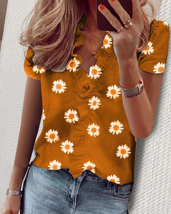 Ruffled Daisy Print Blouse