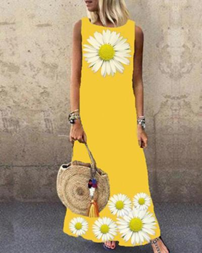 Sleeveless Daisy Print Crew Neck Holiday Maxi Dress