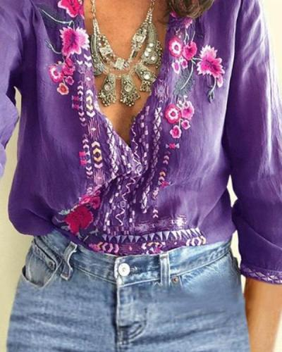 Women Casual Embroidered V-Neck Long Sleeve Plus Size T-shirts Tops