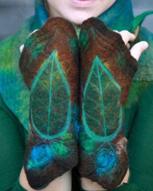 Women Vintage Printed Leaf Gloves
