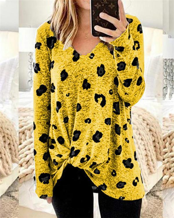 Twist Stylish V Neck Plus Size Printed Women Tops