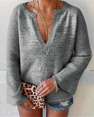 Women's V Neck Flare Sleeve Sweaters