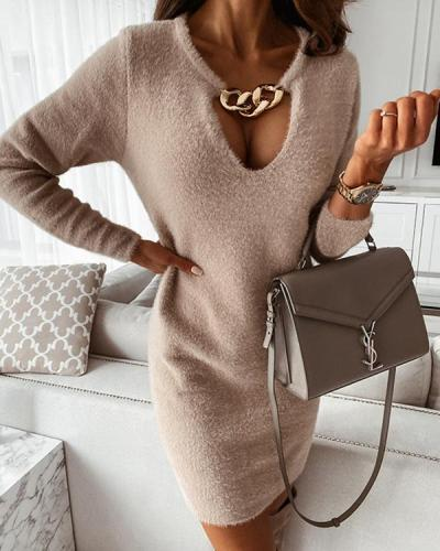Long Sleeve Plunging Neck Solid Plush Dresses