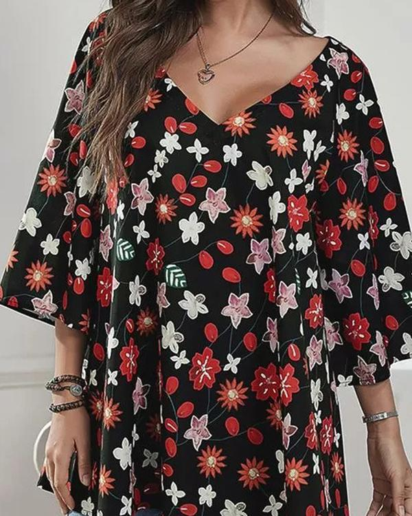 Casual V Neck 3/4 Sleeve Loose Fit Floral Blouses
