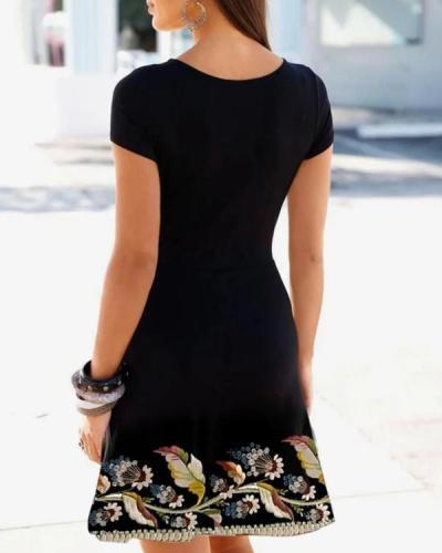 Retro Print Short Sleeve Black Mini Dress