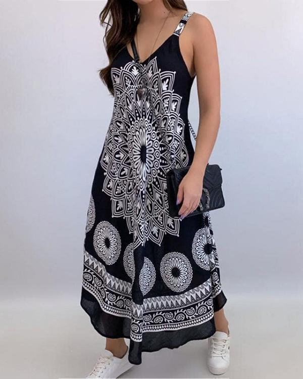 Totem Print V-neck Suspender Dress