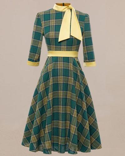 Vintage Green Webbing Bow Tie Dress