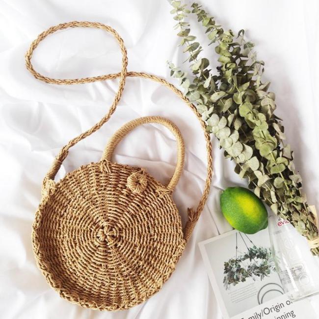 2019 Fashion Chic Round Straw Crossbody Bags