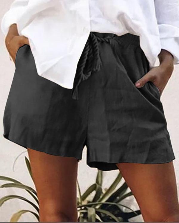 Women Solid Pockets Shift Short Pants