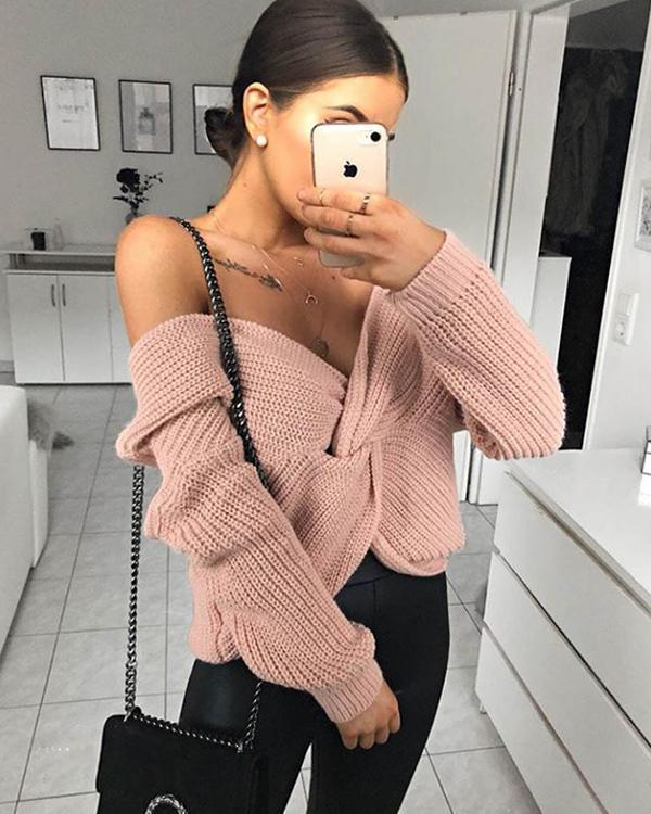 Knitted Twist V-neck Long sleeves Sweater
