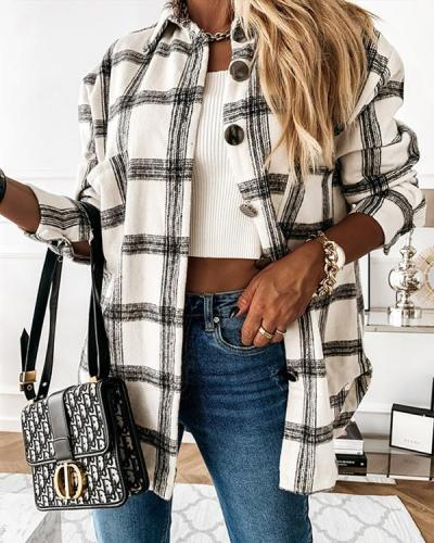 Loose-Fitting Retro Plaid Long Sleeve Outerwear