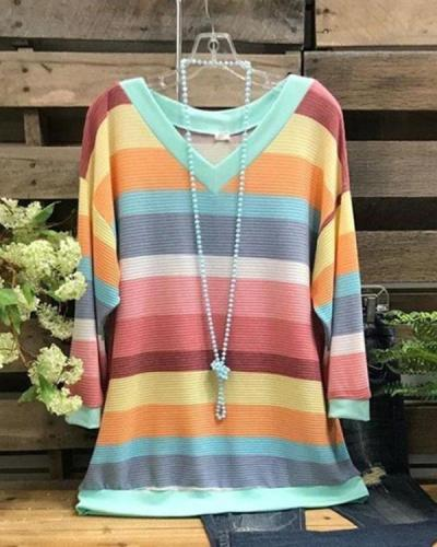 Women's Rainbow Stripe Plus Size T-shirt without Necklace