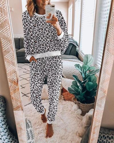 Leopard Printed Fashion Casual Long Sleeve Round Neck Women Suit