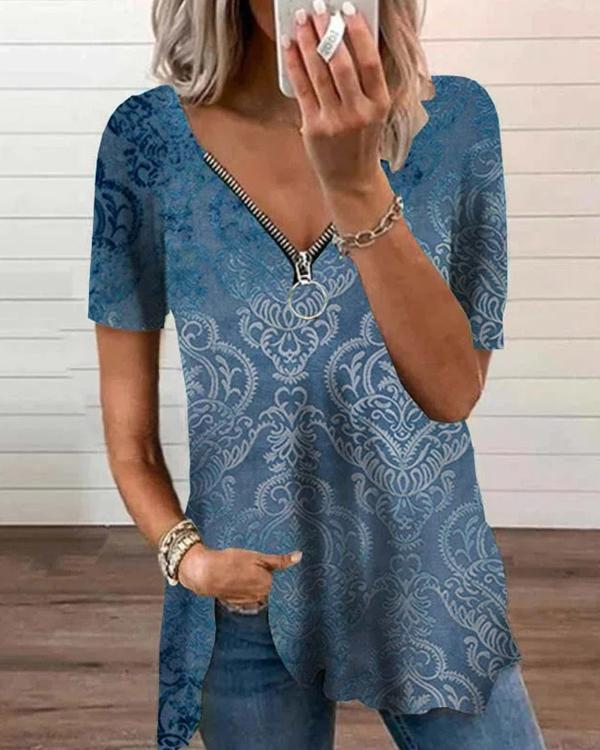 Low-Cut Zipper Printed T-Shirt Tops