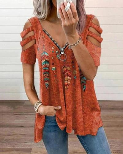 Ethnic Feather Zipper Graphic T-shirt
