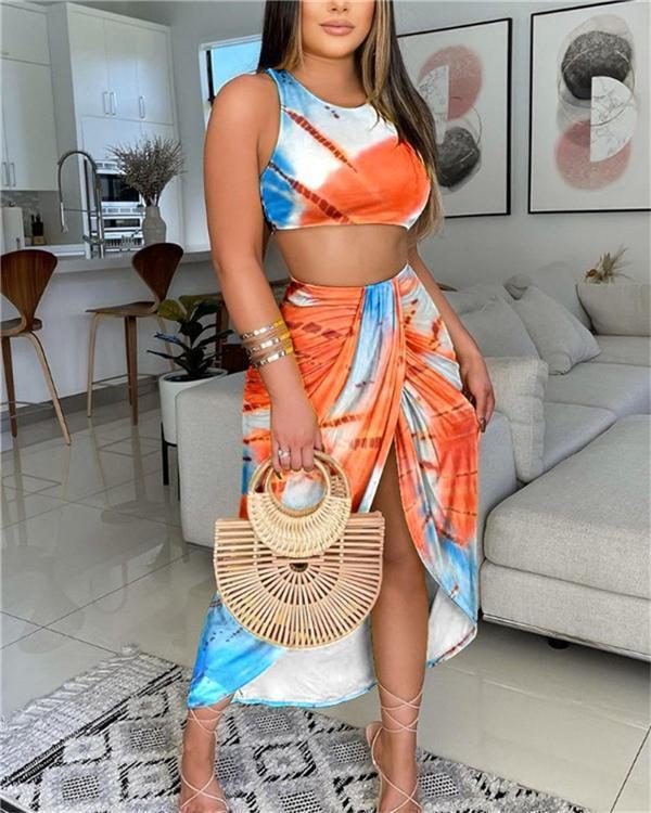 Plain Crop Top & Slit Tropical Print Skirt Set