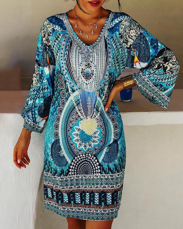 Tribal Pattern Print Long Sleeve V-neck Women Bohemian Dress