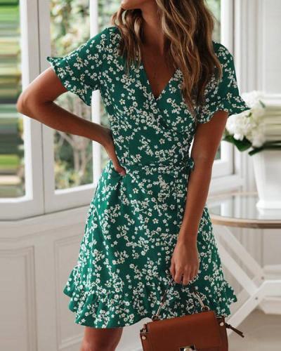 Chiffon V-neck Vintage Printed High Waist A-line Short Sleeve Dress