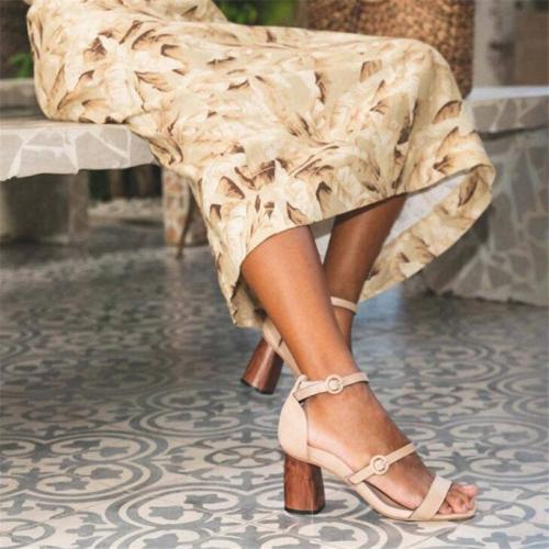 Summer fashion plus size buckle sandals women