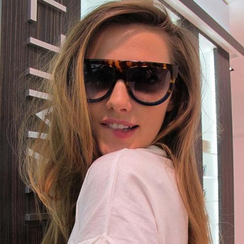 Resin Wrap Fashion Sunglasses