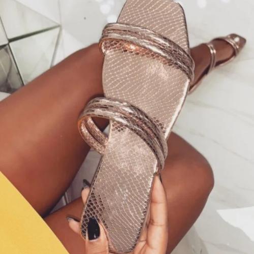 2020 New Fashion Woman Summer Beach Sandals