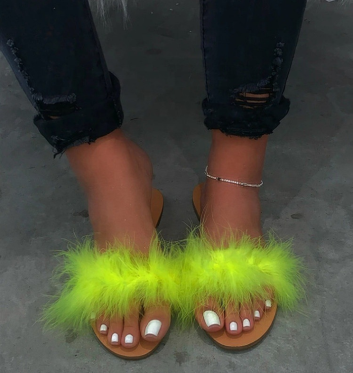 2020 New Slip-On Flat With Feather Slippers