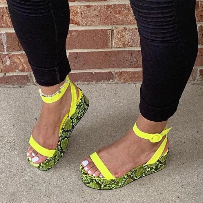 Women Fashion Snakeskin Buckle Strap Muffin Sandals