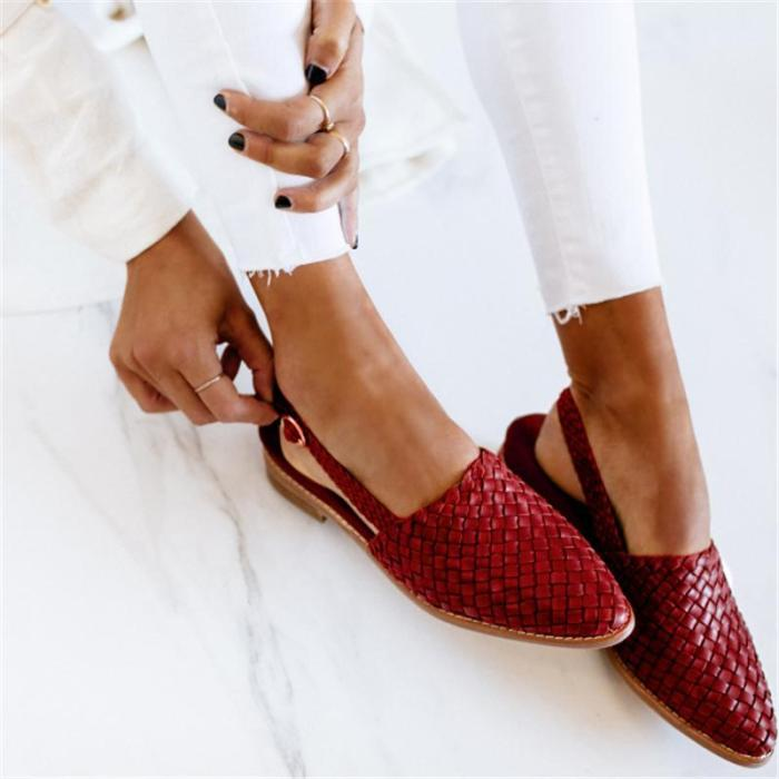 Women's Pointed Toe Buckle Strap Sandals