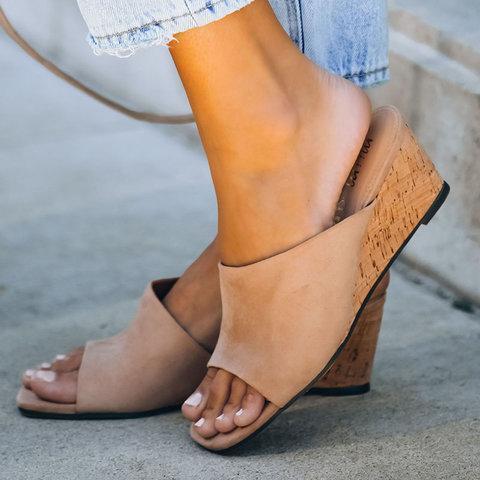 Date Summer Slippers