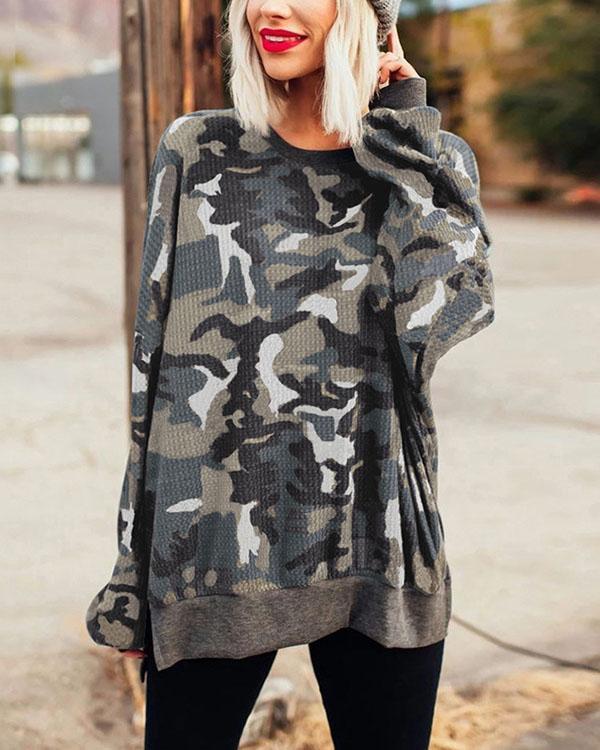 Camo Pattern Round Neck Pullover Sweatshirt