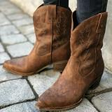 2019 New Classic Embroidered Western Cowboy Boots