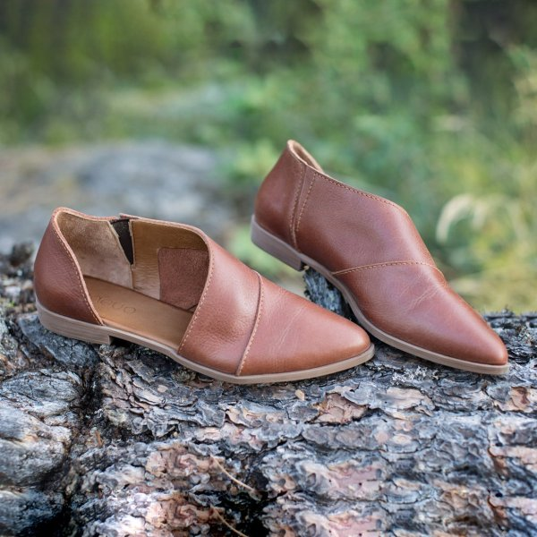 Ladies Flat leather loafers