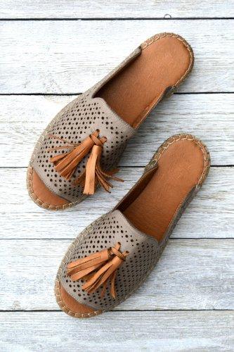 Ladies' Soft Leather Comfy Medium Fit Sandals
