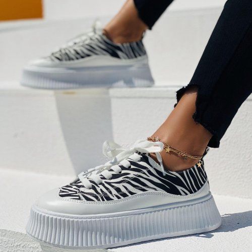 Women's Comfortable PU Zebra Print Sneakers