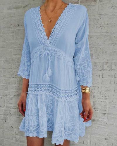 Deep-V-neck 3/4 Sleeve Drawstring Waist Lace Floral Dress
