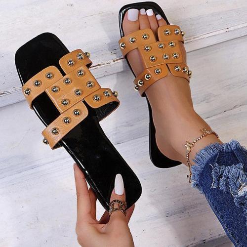 Women's Fashion Rivet Flat Slippers