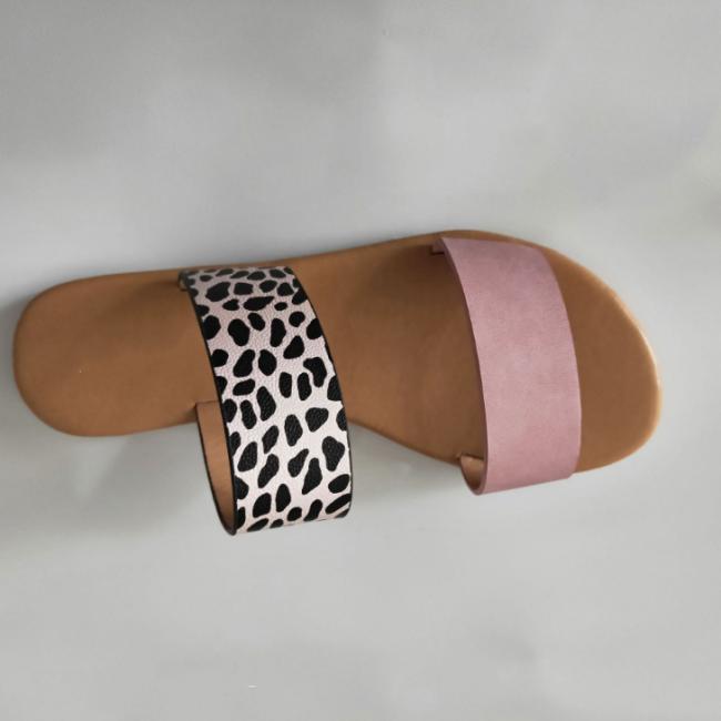Woman Casual Leopard Flat Sandals