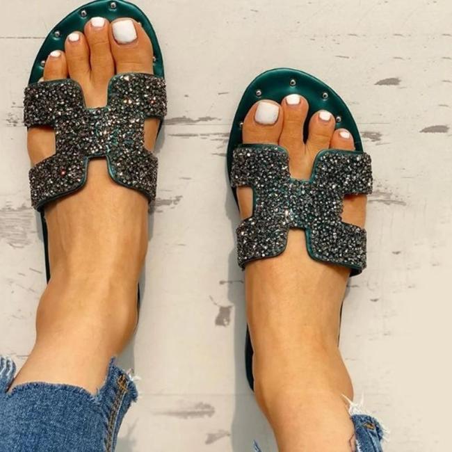 Women Fashion Seaside Rhinestone Flat Heel Sandals