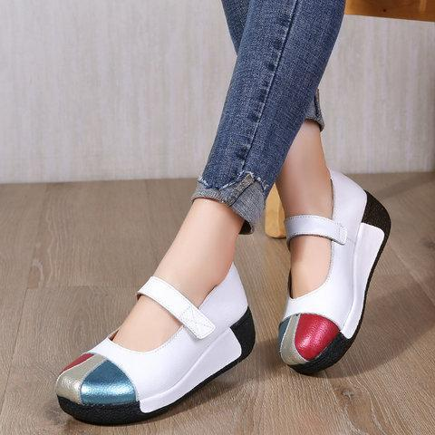 Round Toe Platform Med Sandals