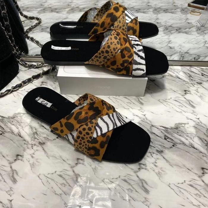 Women Fashion Strap Crisscross Print Open Toe Slippers