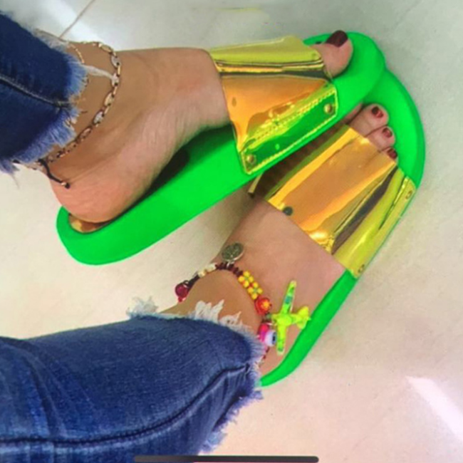 2020 New Fashion Woman Summer Flat Slippers