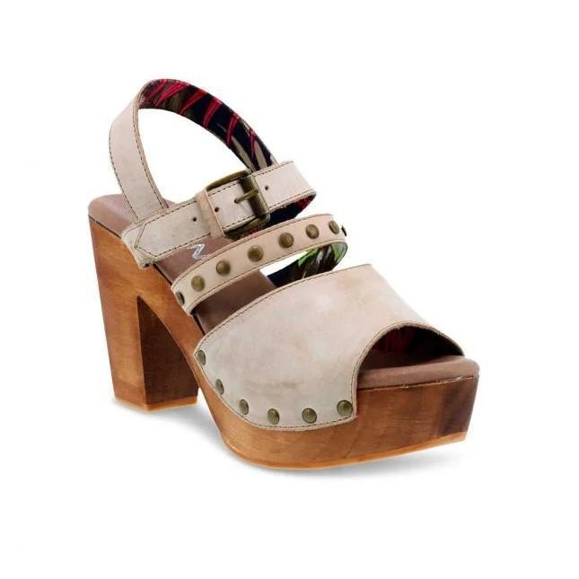 Pi Clue Heel Buckle Sandals